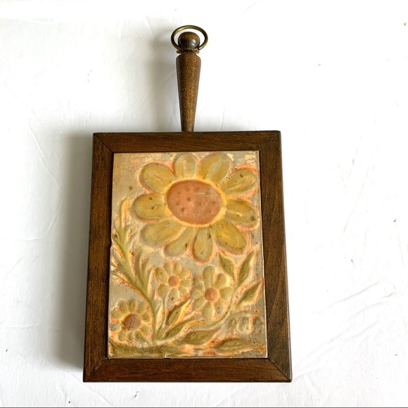 Vintage Wood & Yellow Gold Floral Wall Decor 5x6in